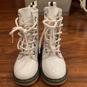 Toddler White Patent Combat Boots size 6